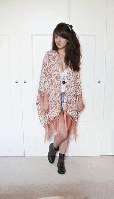 FRINGE KIMONO JACKET//boho kimono,fringe kimono,floral kimono,hippie,boho,romantic floral print,fringe kimono jacket,one size fits most