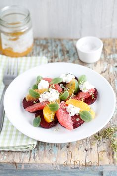 Baked beet salad with citrus and cottage cheese