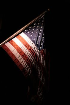 By looking at an American flag one feels a sense of independence. We are a strong nation that stands for rights, chance, and a voice.     http://www.buzzle.com/articles/history-and-symbolism-of-the-american-flag.html