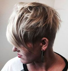70 Short Shaggy, Spiky, Edgy Pixie Cuts and Hairstyles Short Choppy Haircuts, Stylish Short Haircuts, Edgy Haircuts, Girls Short Haircuts, Asymmetrical Hairstyles, Angled Haircut, Short Girls, Choppy Pixie Cut, Edgy Pixie Cuts