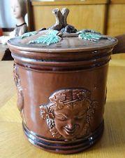 Pot à tabac Majolique XIXe Bacchus personnages vigne Sarreguemines?Angleterre?