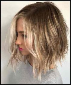 Tendance Coupe & Coiffure Femme Description Are you looking for blonde balayage hair color For Fall and Summer? See our collection full of blonde balayage hair color For Fall and Summer and get inspired! Blonde Balayage Bob, Hair Color Balayage, Bronde Lob, Ombre Highlights, Balyage Bob, Blonde Ombre Short Hair, Ombre Hair Bob, Long Bob Ombre, Blonde Highlights Short Hair