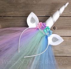 CELESTIA UNICORN PRINCESS PONY HEADBAND w/ tulle veil This adorable handmade headband is adorned with silk flowers and rhinestones. The ears are made of felt and are curved to add dimension. The sparkly felt unicorn horn is an amazing 6 tall, and wrapped Unicorn Birthday Parties, Birthday Party Favors, Girl Birthday, Princess Birthday, Birthday Cakes, Birthday Gifts, My Little Pony Party, My Little Pony Costume, Costume Halloween