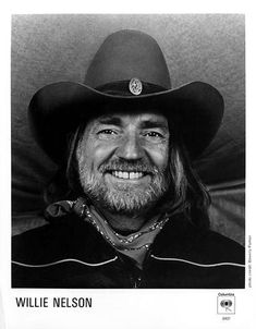 Willie Nelson, Country Music Singers, Band Photos, Music Photo, Press Photo, Vintage Outfits, Dads, Actors, Portrait