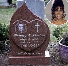 """Whitney Houston's Headstone Revealed, Reads """"I Will Always Love You"""" Cemetery Headstones, Cemetery Art, Cemetery Statues, Whitney Houston, Halliday, Monuments, Tombstone Designs, Famous Tombstones, Famous Graves"""