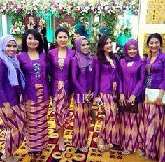 Batik Kebaya, Kebaya Dress, Turquoise Weddings, Model Kebaya, Bridesmaids, Bridesmaid Dresses, Blouse Batik, Kebaya Muslim, Batik Fashion