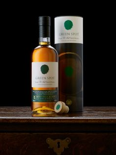 Green Spot #Irish #Whiskey -- Another cool bottle/packaging combo