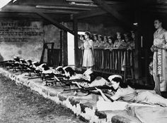"""WWII-The first """"Women Guerrilla"""" corps has just been formed in the Philippines and Filipino women, trained in their local women's auxiliary service, are seen here hard at work practicing on November at a rifle range in Manila. O Donnell, Palawan, Chernobyl, Filipino Culture, Leyte, Historical Pictures, Guerrilla, Women In History, Family History"""