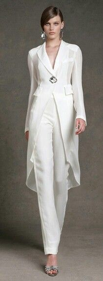 This can be worn to any daytime event, plus quite a few summer evening ones.
