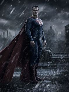 First Look at Superman in BATMAN V SUPERMAN: DAWN OF JUSTICE