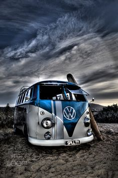 Beach Kombi and old surfboard by Nicolas Oats on 500px