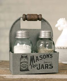 Amazon.com: 1 X Mason's Jars Box Salt and Pepper Caddy with Wood Handle: Salt And Pepper Shaker Sets: Kitchen & Dining