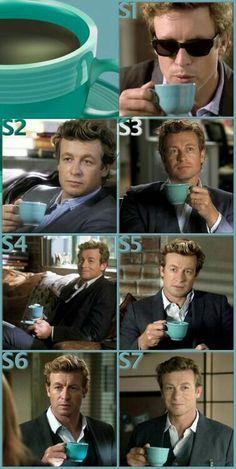 ¿Quién sería el Mentalista sin su pequeña taza de té azul?