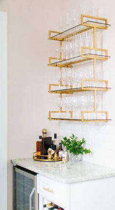 Find cheap affordable glass shelves styled for your home Home Bar Decor, Glass Bar Shelves, Art Deco Kitchen Design, Bistro Shelving, Wall Mirror With Shelf, Bar Decor, Kitchen Bar Design, Retail Wall Displays, Living Room Flooring