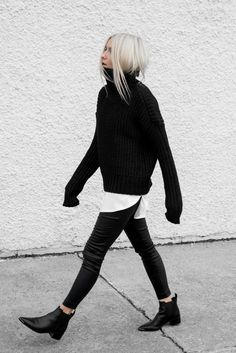 Minimalist style inspiration : black & white mood Minimalist Fashion Outfits to Copy This Season, Minimalist look Fashion tips to embrace the trend Looks Street Style, Looks Style, Looks Cool, My Style, Daily Style, Mode Outfits, Fall Outfits, Fashion Outfits, Fashion Boots