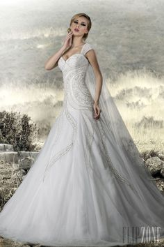 Appolo Fashion - Bridal - 2013 collection - http://en.flip-zone.com/fashion/bridal/couture/appolo-fashion-3808
