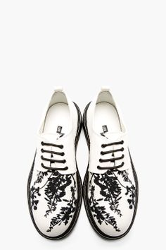 ANN DEMEULEMEESTER White Printed Canvas Boot Sole Shoes