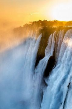 Victoria Falls, Zambia - The Most Majestic Waterfalls Around the World - Photos