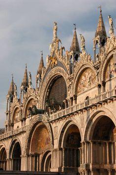 Venice - St.Mark Basilica  http://www.venezia.net/venice-italy/venice-photo-gallery/