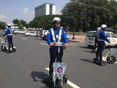MMDA Deploys First Batch of E-Scooters in Metro Manila's Congested Areas and Tourist Districts E Scooter, Urban Life, Manila, Baby Strollers, Transportation, Vehicle, Random, Baby Prams, Prams