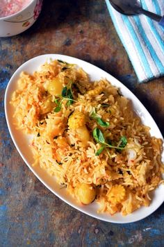 Aloo methi pulao recipe | how to make pulao with potato and methi leaves New post- A healthy and hearty one pot meal/lunch box dish,aloo methi pulao-cooked basmati rice sauteed with baby potatoes and methi leaves,recipe @ http://www.cookclickndevour.com/2014/07/aloo-methi-pulao-recipe-how-to-make.html