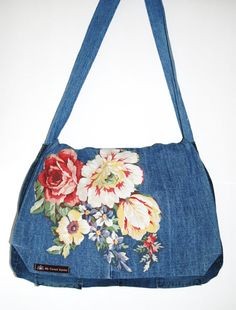 My Sweet Karma Upcycled denim messenger bag purse Fabric Crossbody Bags, Fabric Bags, Denim Purse, Clutch Purse, Denim Jeans, Denim Handbags, Purses And Handbags, Recycle Jeans, Upcycle