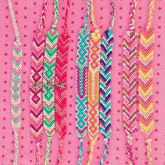 Fashion and Lifestyle Handmade Friendship Bracelets, Friendship Bracelet Patterns, Thread Bracelets, String Bracelets, Pura Vida Bracelets, Bracelet Making, Diy Jewelry, Instagram Posts, Crafts