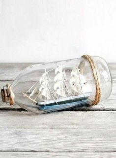 Ship in the hourglass