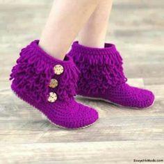Botin morado con flecos, crochet