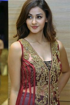 India is world famous for women of stunning beauty and, I am sure you will agree after checking out this photo gallery. The gallery is a collection of pretty young Indian girls and celebrities from India. Be sure to check out our posts on Indian culture and dating, plus our other galleries.