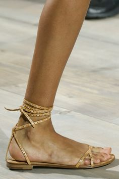 Fashion runway  Michael Kors Spring-Summer 2015 rtw   http://www.theglampepper.com/2014/10/18/fashion-runway-michael-kors-spring-summer-2015-rtw/