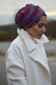 Honestly...can't wait for winter just for this headwrap/turban. The colours are amazing.