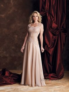 A-line Strapless Floor-length Chiffon Mother Of The Bride Dress at Msdressy