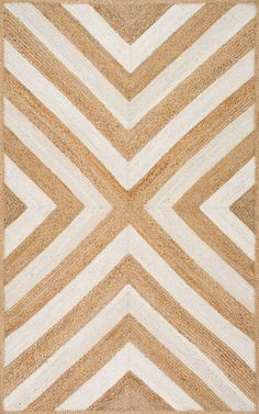 If you still love chevron like we do, this is Rugs USA's Maui JT11 Jute Converging Chevron Rug!