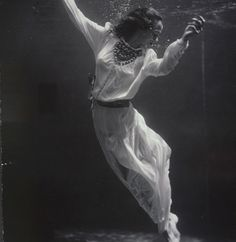 Toni Frissell, Fashion Model Underwater, 1930's [Abstract Fashion Art]