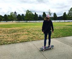 Skater girl, skateboarder, skateboarding, skateboard. Skateboarder Prue Gibson. @Prueloveg on Instagram.