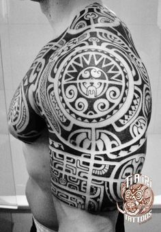 Polynesian Shoulder & Chest Tattoos - Po'oino Yrondi Po'oino Yrondi #polynesiantattooschest
