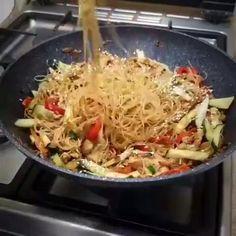 Easy Cooking, Cooking Recipes, Healthy Recipes, Food Vids, Good Food, Yummy Food, Food Cravings, Diy Food, Food Hacks