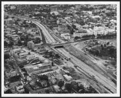 Vista aérea de la Avenida Baldorioty de Castro (en construcción), entre las calles Villamil y Del Parque, en Santurce, 1961:: Fotos El Mundo 40-68