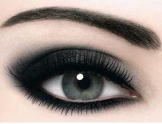makeup black eyes - Buscar con Google
