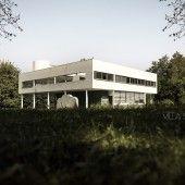 Le Corbusier, Villa Savoye / Photography by Jeffrey Faranial