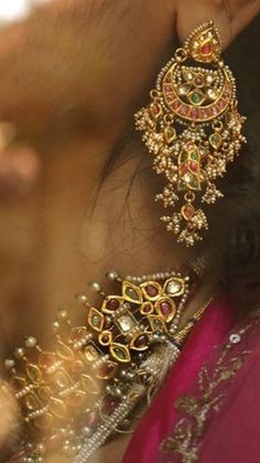 Royal Jewelry, Ruby Jewelry, India Jewelry, Trendy Jewelry, Gold Jewelry, Rajput Jewellery, Bridal Jewellery, Silver Anklets, Big Earrings