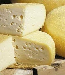 Cheese Whiz, Cheese Maker, Queso Cheese, Cheese Dishes, Wine Cheese, Making Cheese At Home, How To Make Cheese, Food To Make, Charcuterie
