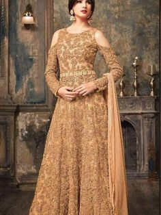 Looking to buy Anarkali online? ✓ Buy the latest designer Anarkali suits at Lashkaraa, with a variety of long Anarkali suits, party wear & Anarkali dresses! Pakistani Dresses, Indian Dresses, Indian Outfits, Eid Dresses, Long Anarkali Gown, Anarkali Suits, Anarkali Lehenga, Floor Length Anarkali, Lehenga Suit