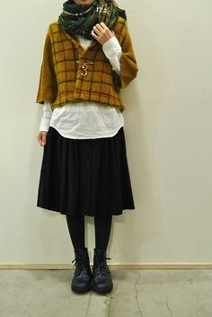 Chunky checked jacket, black skirt and boots | Knit | Layering