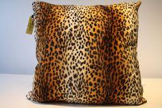 de la boutique AteliersTaffetas sur Etsy Motif Leopard, Boutique, Etsy, Slipcovers, Unique Jewelry, Home, Boutiques