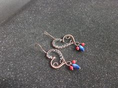 Wirewrapped copper dangle earringsdangle by KZJewelryArt on Etsy Copper Earrings, Drop Earrings, Brass Jewelry, Unique Jewelry, Punk Fashion, Womens Fashion, Copper And Brass, Minimalist Fashion, Fashion Photography