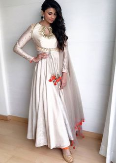 Pearl_designers Book ur dress now Completely stitched Customised in all colours For booking ur dress plz dm or whatsapp at 9582994206 Pakistani Outfits, Indian Outfits, Anarkali Dress, Anarkali Suits, White Anarkali, Lehenga, Indian Attire, Indian Wear, Indian Designer Wear
