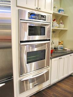 Double oven and a warming drawer. I am dieing for a double oven! Kitchen Redo, New Kitchen, Kitchen Dining, Kitchen Remodel, Kitchen Ideas, Sweet Home, Up House, Updated Kitchen, The Ranch