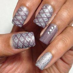 varnishedvalkyrie #nail #nails #nailart